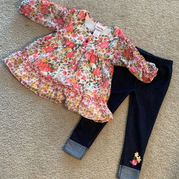 LIKE NEW Little Lass flowered 2-piece pants outfit